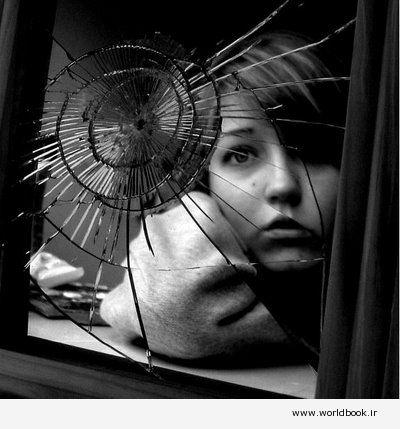 """تصویر از دانلود کتاب """" آینه شکسته """" صادق هدایت"""