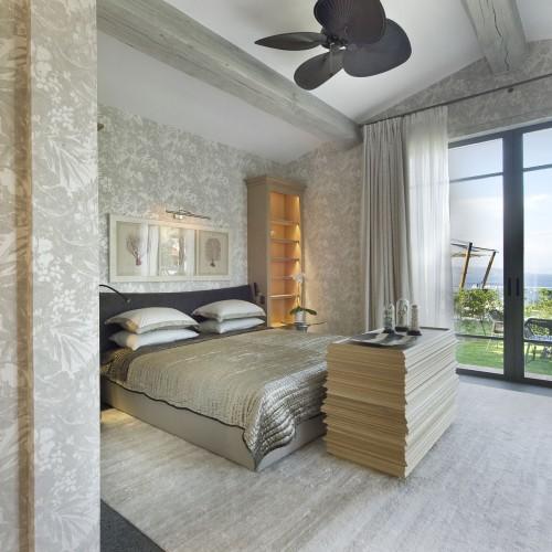 plantation-fanned-bedroom