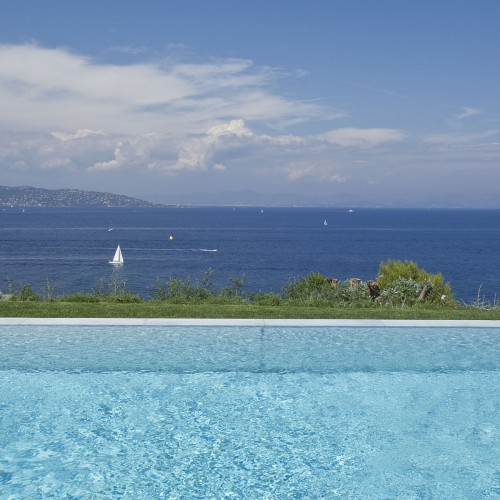 view-from-pool