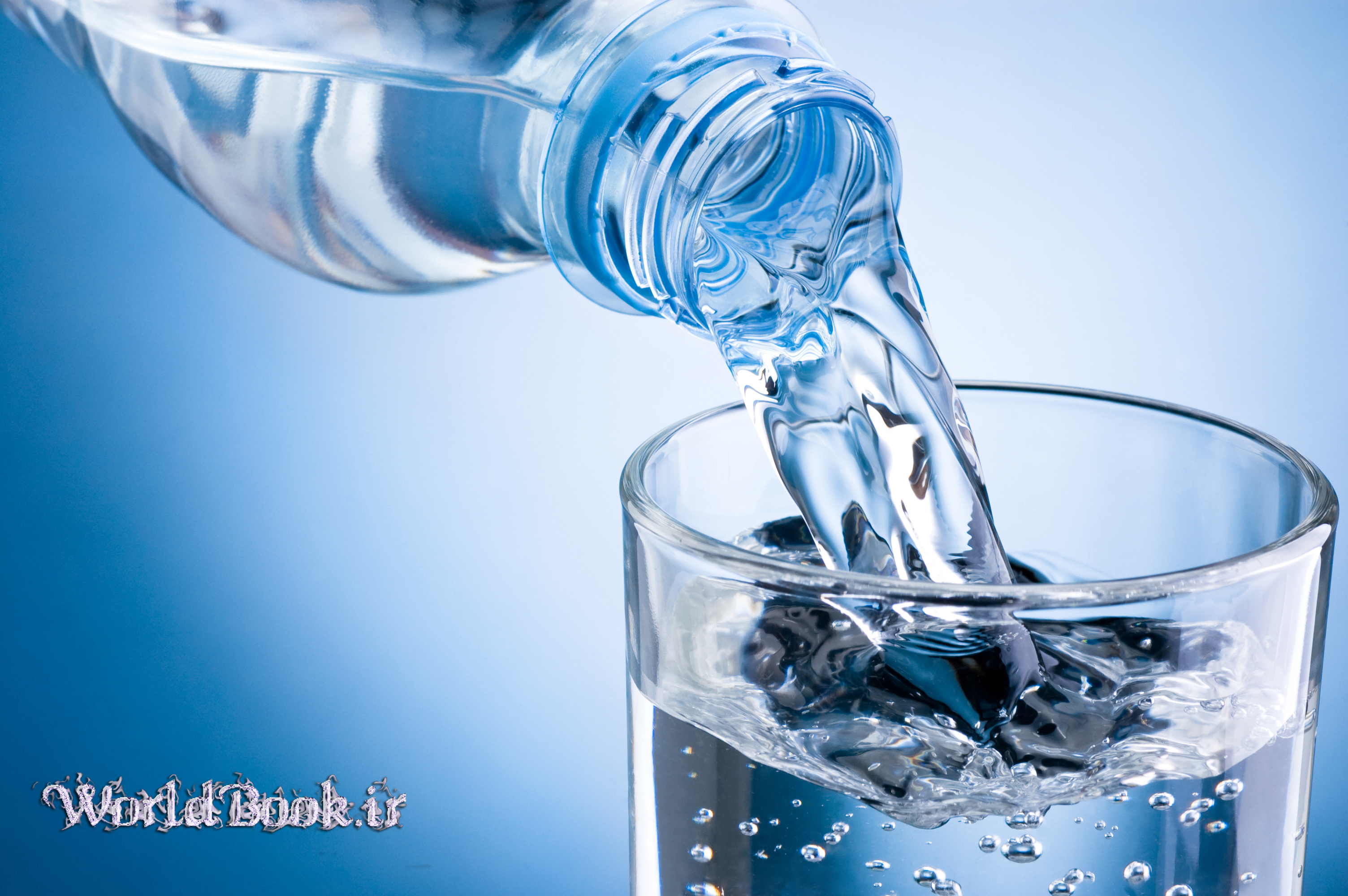تصویر از اثرات شگفت انگیز آب بر بدن